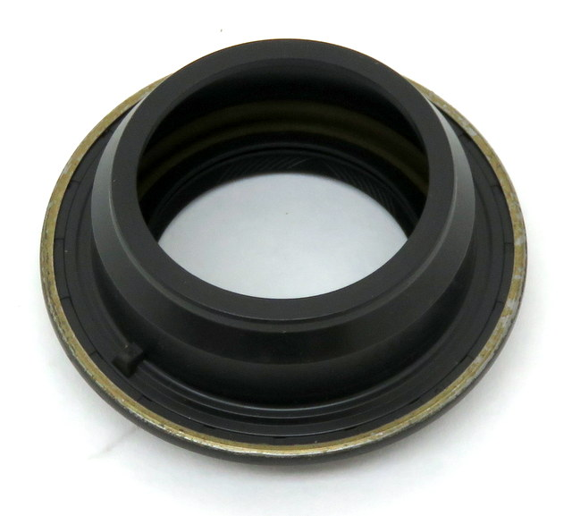 NP226, NP233, and NP231 Rear Output Seal